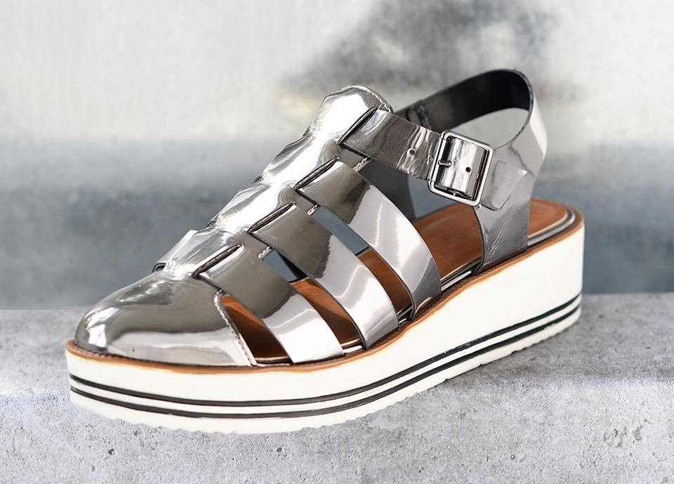 sapatos femininos metalizados