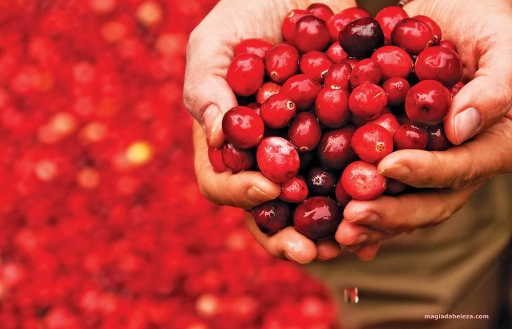 Suco de cranberry no cabelo
