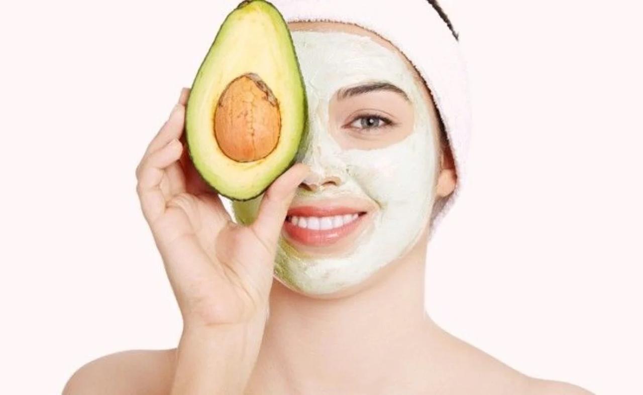 máscara facial abacate e mel