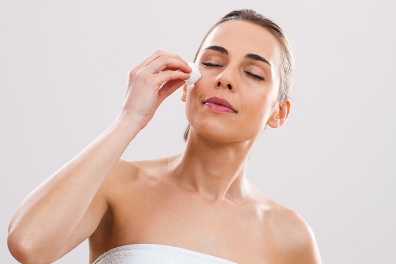 soro fisiológico na pele