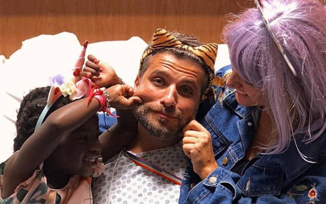 Bruno Gagliasso passa carnaval no hospital