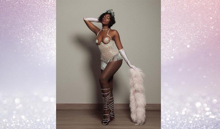 cantora Iza look carnaval 2019